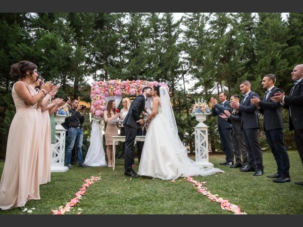 Водеща за Изнесен ритуал, Мая Петкова